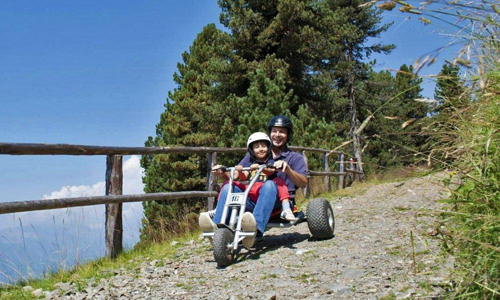 Abenteuer Mountaincarts & Downhill – das rasante Vergnügen auf der Ploseberg