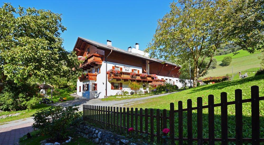 Ferienbauernhof in Südtirol - Unser traditionsreicher Bauernhof
