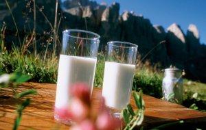 Milch für Bauernhof Frühstück